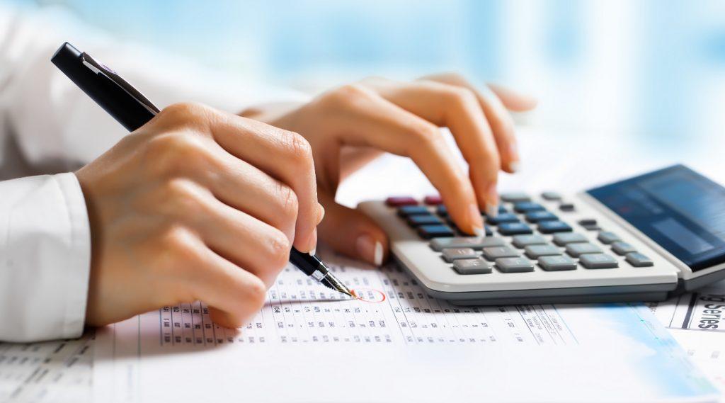 Ngoài nhiêm vụ công tác kế toán, kế toán trưởng còn phải thực hiện công tác tài chính doanh nghiệp.