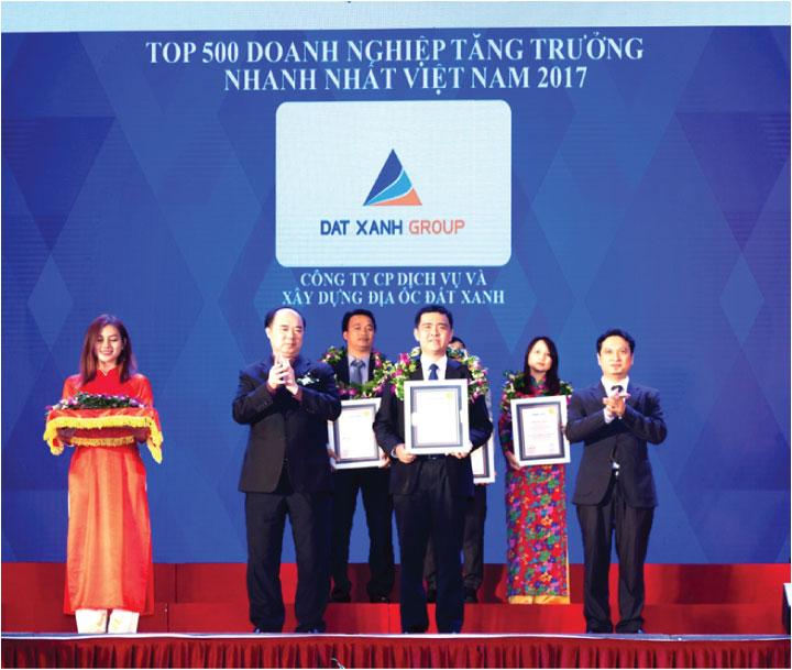 Đất Xanh Group là thương hiệu bất động sản với hơn 17 năm kinh nghiệm