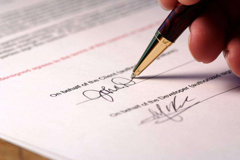 Mọi thông tin trong hợp đồng vay vốn nên nắm rõ